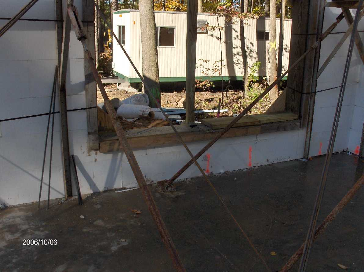 Basement icf walls concrete placement for stehr house in for Icf basement