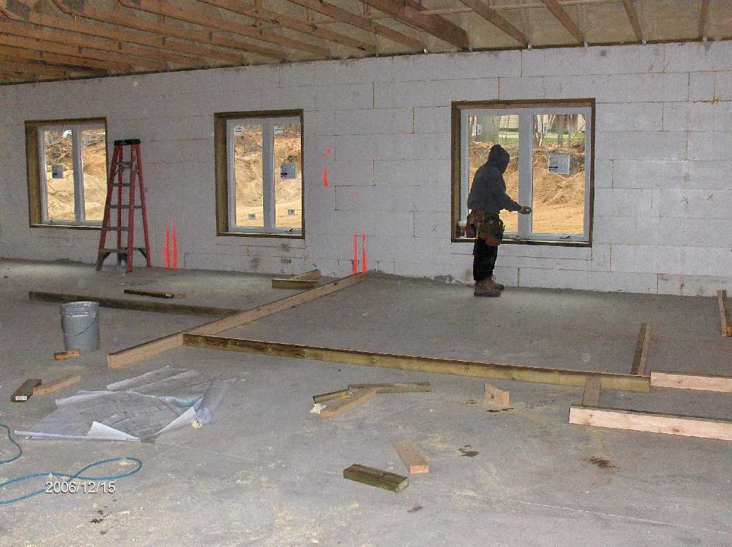 framing-of-interior-stud-walls_for-Stehr-House-in-Highland-Twp-Michigan