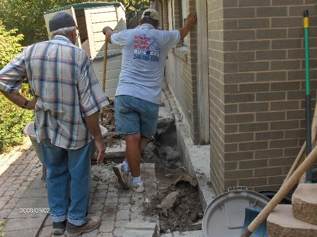 Fixing-Leak-In-Basement-Existing-House-In-Southeastern-Michigan-Picture-1