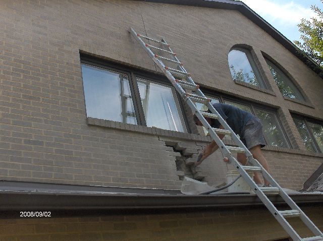 Fixing-Broken-Face-Bricks-In-Existing-House-In-Southeastern-Michigan-Picture-1