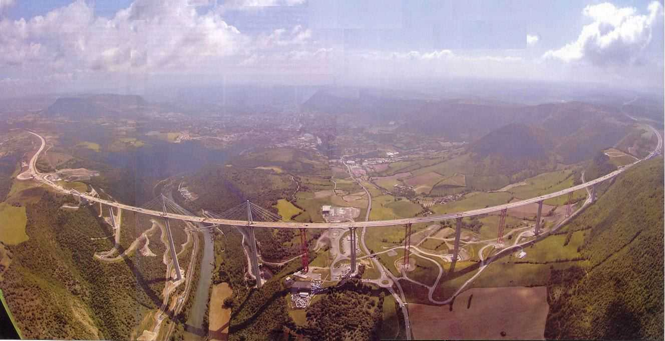 picture of Millau Viaduct -- bridge connecting Paris to Barcelona