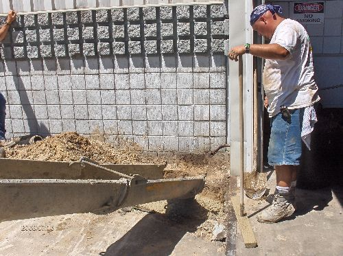 Industrial-Building-Addition_Concrete-Placement-In-Column-Footings-Part2-Project-ColB1-103-Picture-9