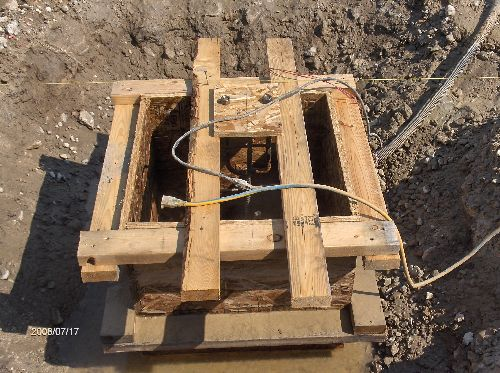 Industrial-Building-Addition_Forming-And-Concreting-Column-Footing-Piers-Project-ColB1-103-Picture-4
