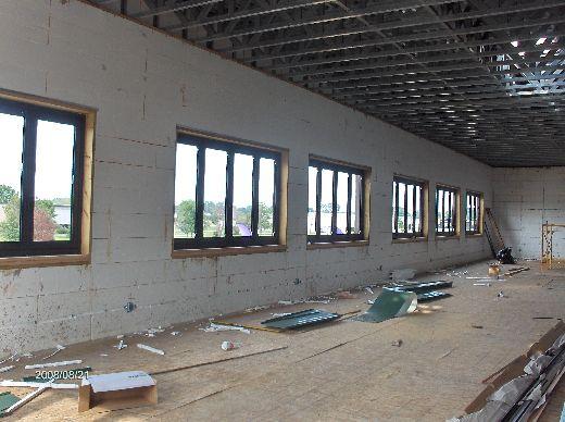 Rosie-O-Gradys_Installation-Of-Window-Frames-In-ICF-Walls-RosO1-101-Picture-1